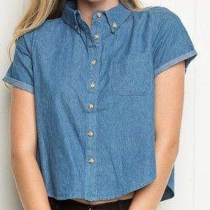 Brandy Melville Short Sleeve Button-Up Shirt